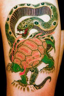 刺青作品 和彫り「玄武」