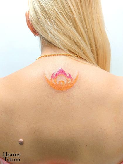 刺青作品 Tribal「宝冠の装飾」